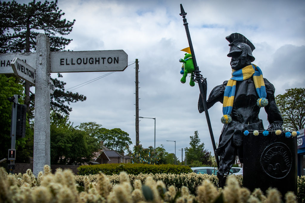 Brough's centurion sculpture decorated for the Tour de Yorkshire 2019